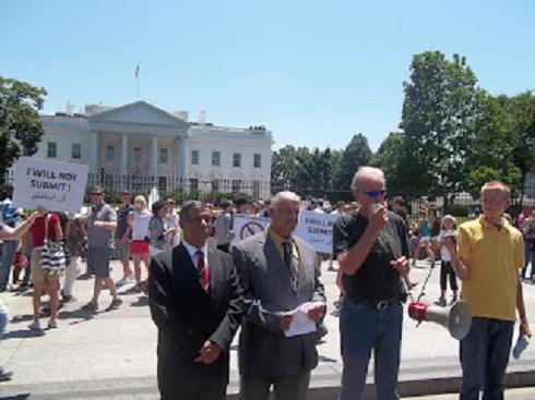 Film Promoter, Coptic Morris Sadek stands by Terry Jones, Evangelist who burned Quran