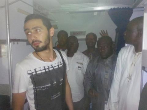 passengers_stranded_aero_sahara