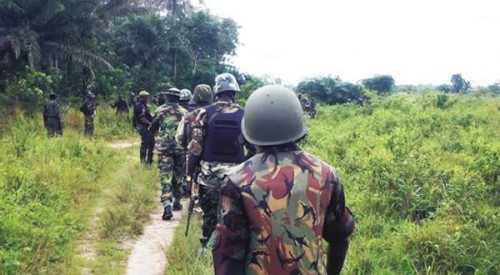 Nigerian-army-search-missing-school-girls-500x275