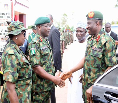 Army Chief Ihejirika with Nigeria's president Goodluck Jonathan