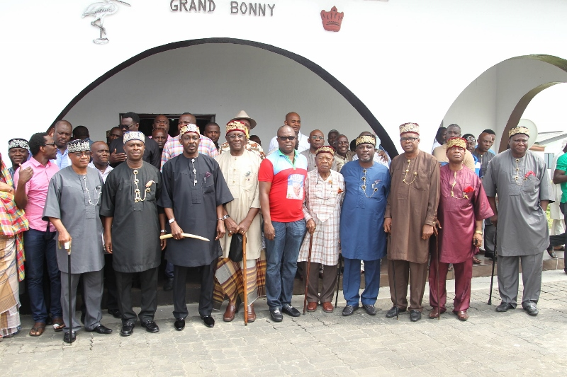 OYALTY AND DAP 07 KING BONNY, DR DAP, SOME APC CHEIFTAINS AND CHIEFS OF BONNY KINGDOM