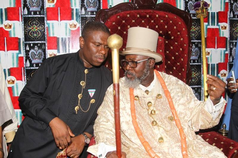 ROYALTY AND DAP 09 DR DAP CONFERRING WITH THE KING OF ABONIMA