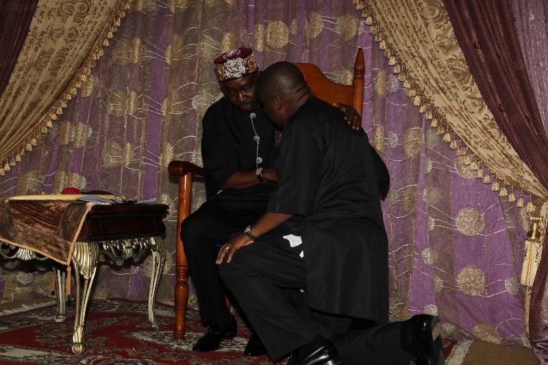 ROYALTY AND DAP O2, BONNY KING WITH DR DAP