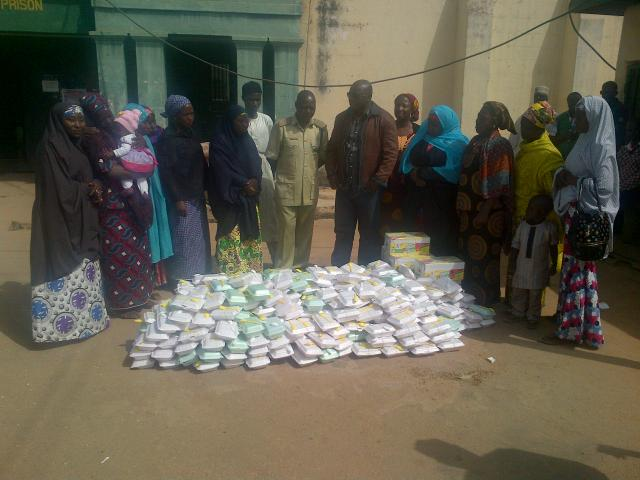 some of the women that took the food to kaduna prison to feed christians inmates.
