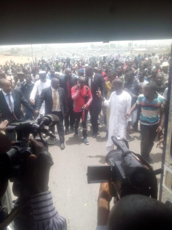 Hashim-arrive-to-a-tumultous-werlcome-in-Abuja