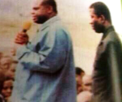 Former governor Alameiseigha with his then Vice, Goodlcuk Jonathan