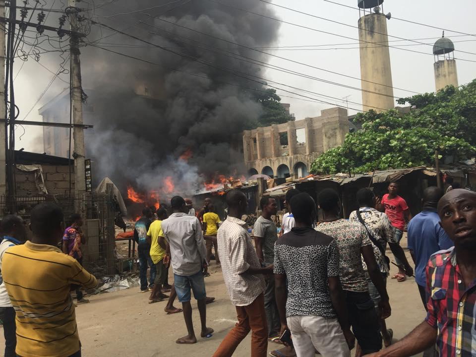 Onitsha Central Mosque Set Ablaze by Radio Biafrans