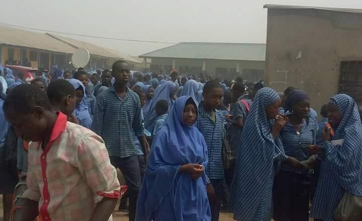 Overcrowded Kaduna school