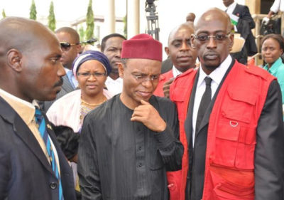 Governor el-Rufai with EFCC officials, arrested for embezzlement