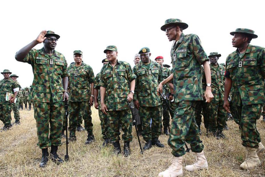 """Pictures-President-Buhari-Dressed-In-Army-Uniform-In-Zamfara-Today""-3"