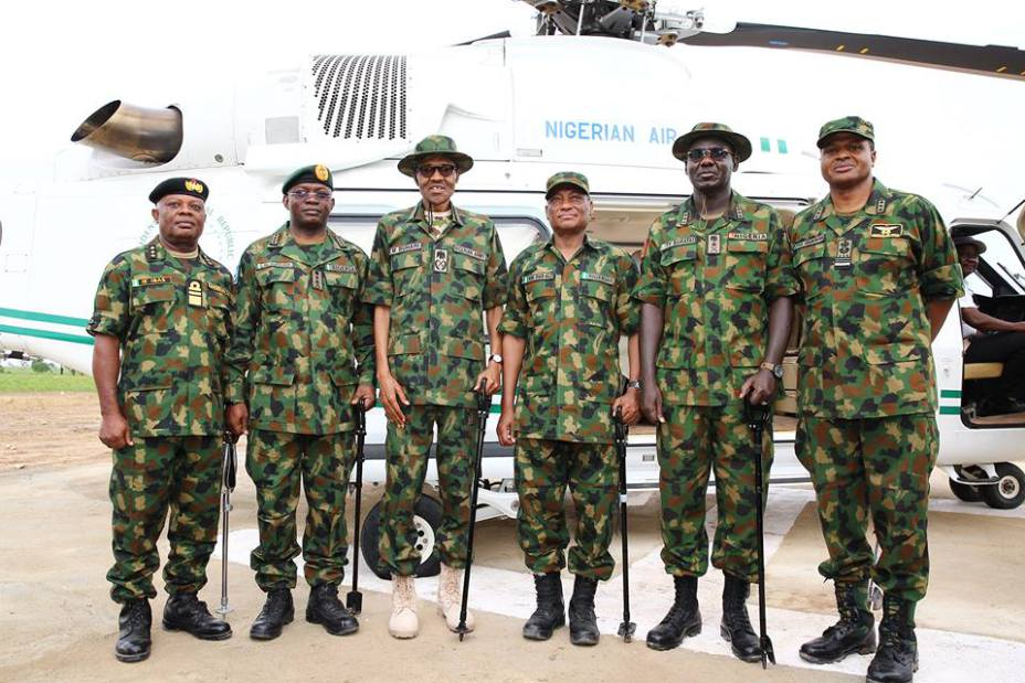 """Pictures-President-Buhari-Dressed-In-Army-Uniform-In-Zamfara-Today""-5"