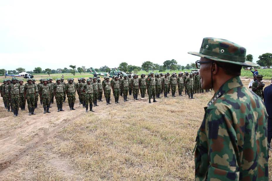 """Pictures-President-Buhari-Dressed-In-Army-Uniform-In-Zamfara-Today"""